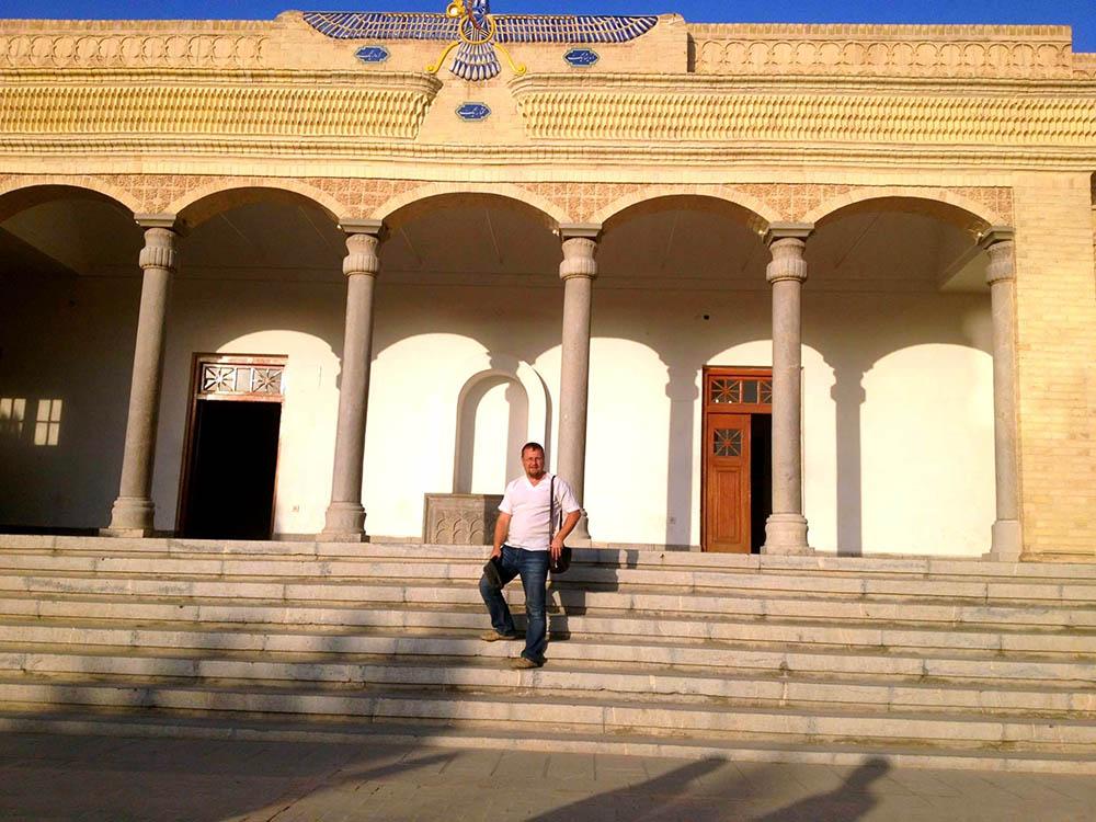 Зороастрийский действующий храм в Язде (фото автора)